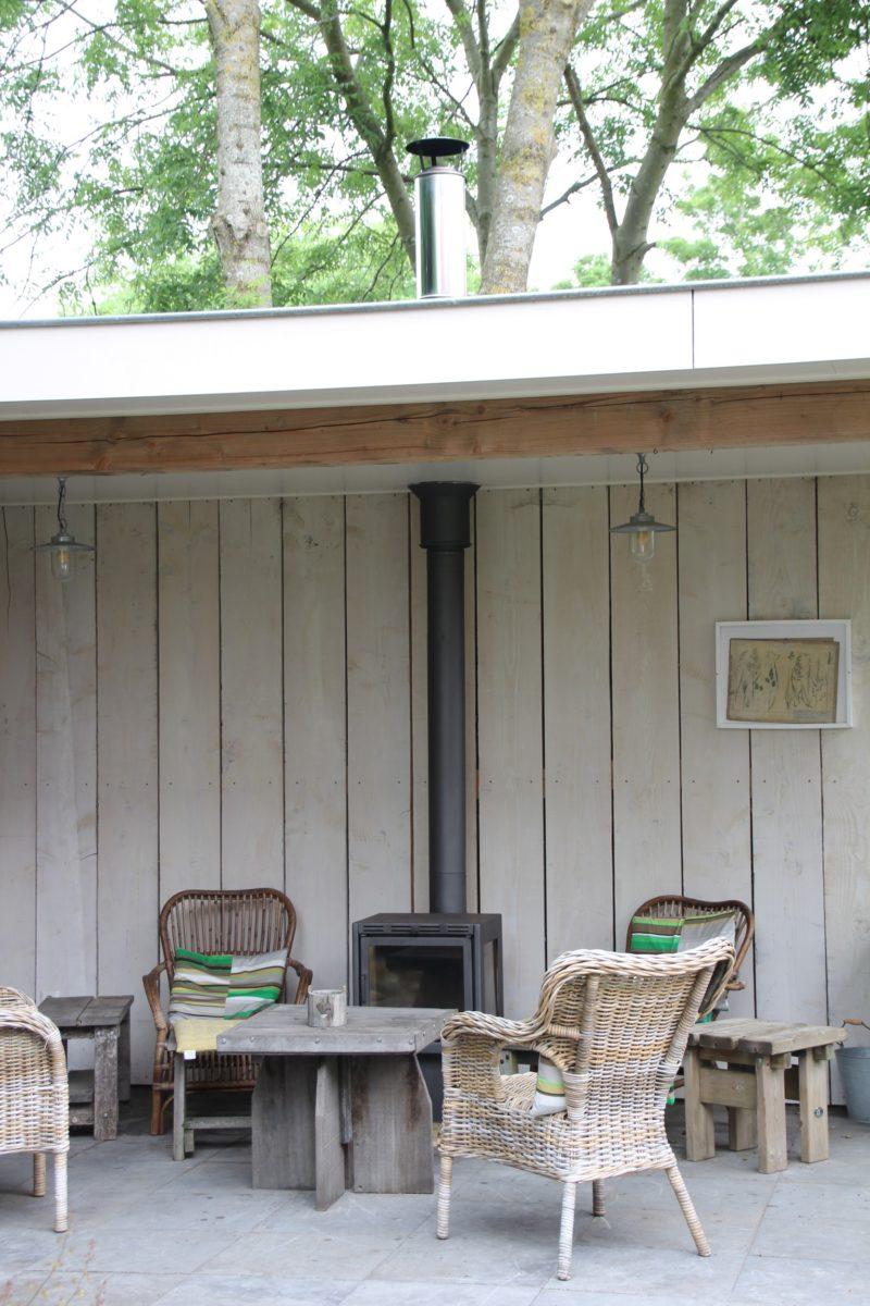 Overkapping met stookplaats