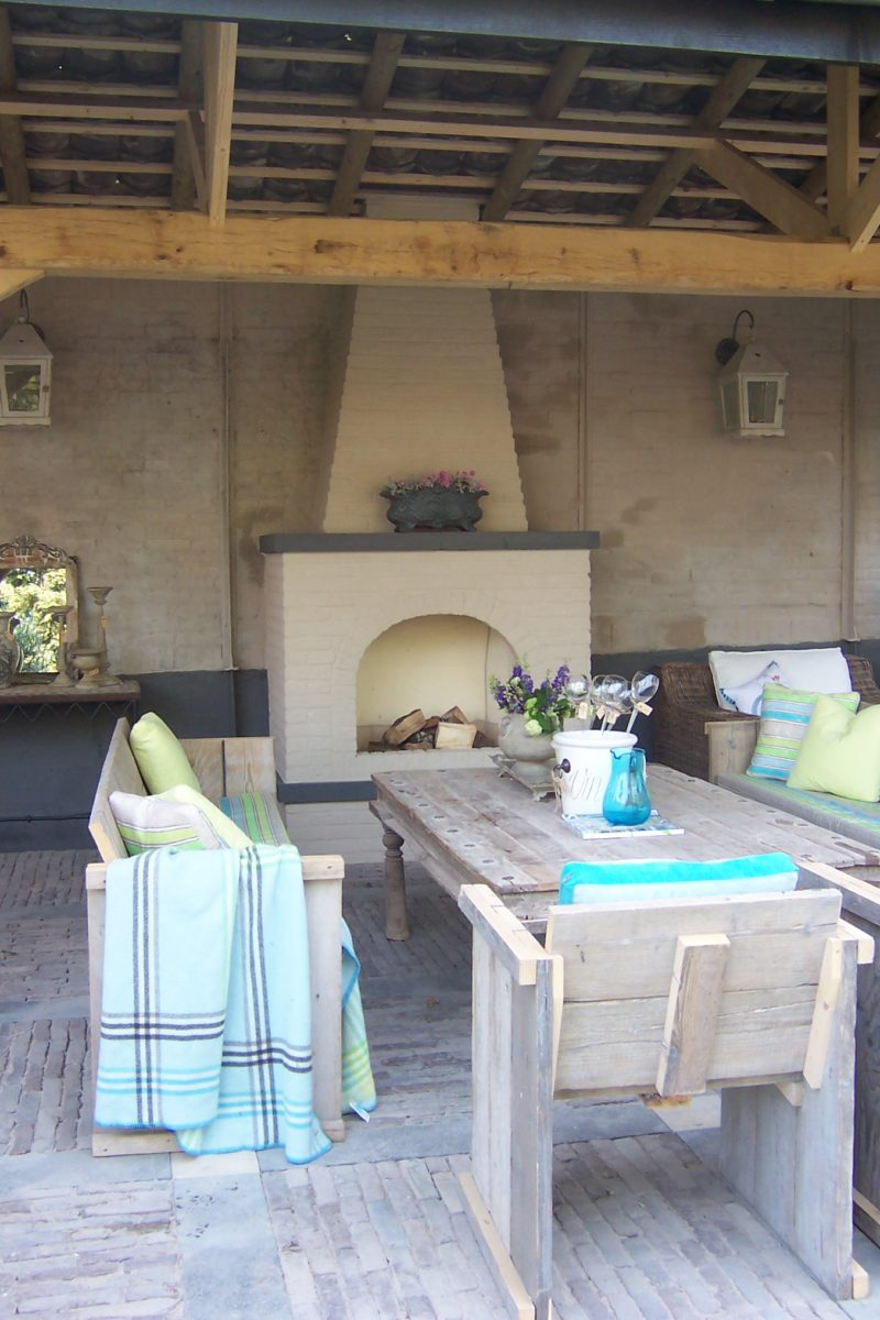 Rustieke eikenhouten veranda