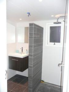 badkamer-in-tuingebouw